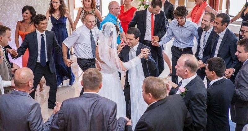 Zadania DJ-a i wodzireja na weselu